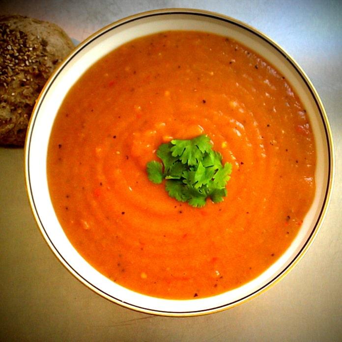 Kartoffel-gulerodssuppe