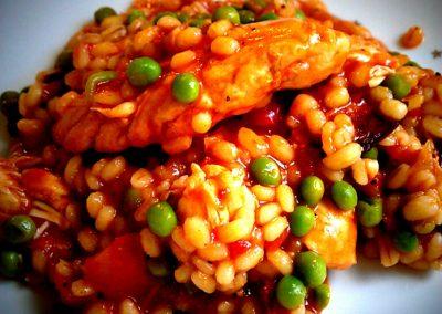 Kyllingepaella med chorizo