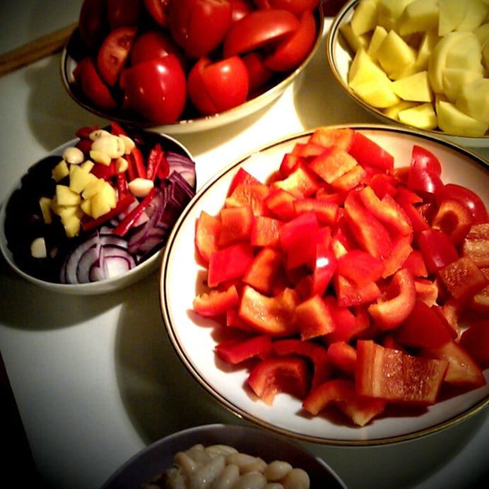Tomat- kartoffelsuppe med bønner, ingredienser