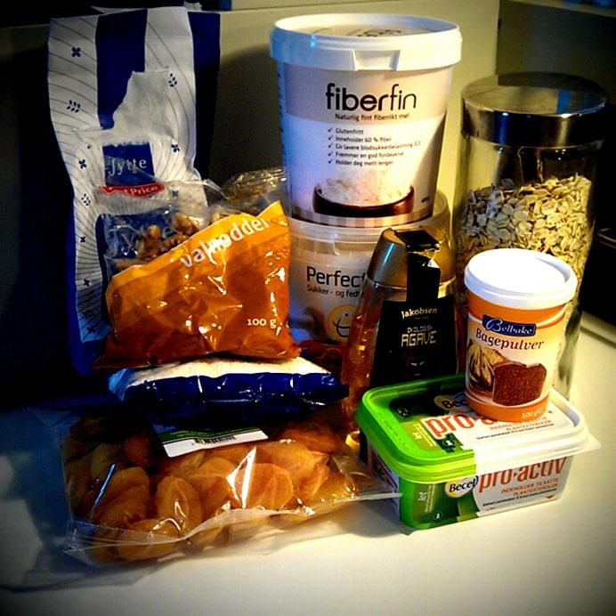 Småkager med valnødder & abrikoser - ingredienser