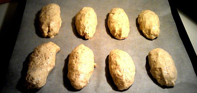 Koldhævede ruggryns minibrød