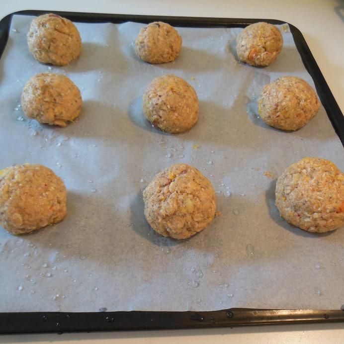 Boller bagt med juice-pulp, før bagning